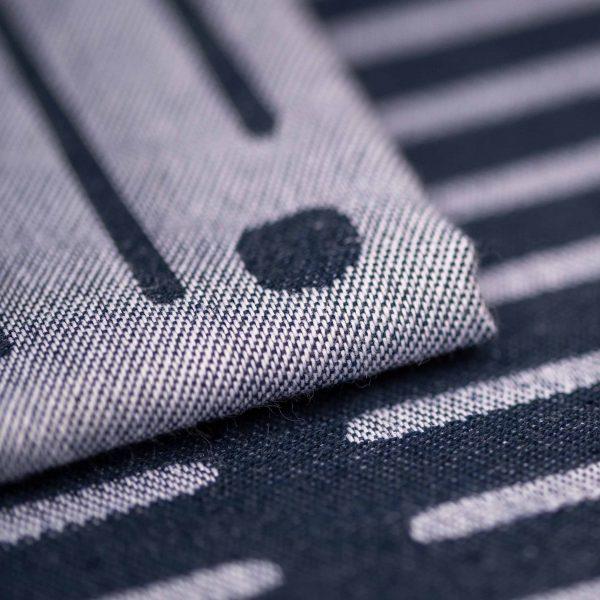detail serviette de table nouvelle creation du designer samuel accoceberry pour le tisseur bearnais tissage moutet a orthez depuis 1919