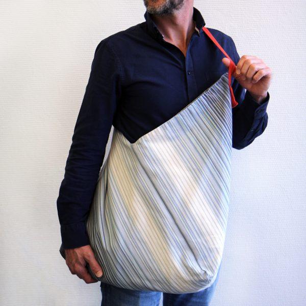 sac rayures basques linge basque fabrique en bearn en collaboration avec samuel accoceberry